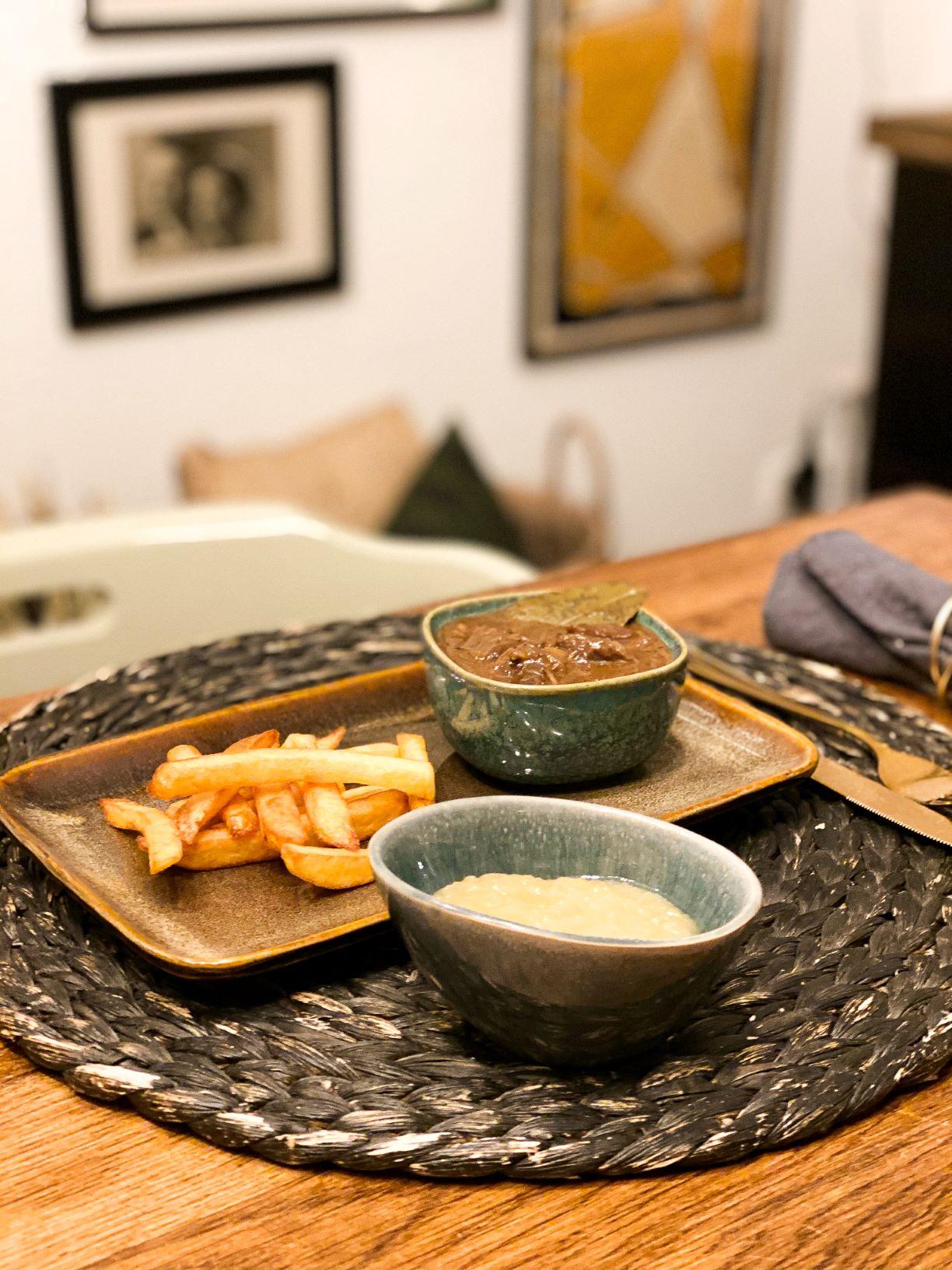 zuurvlees met patat
