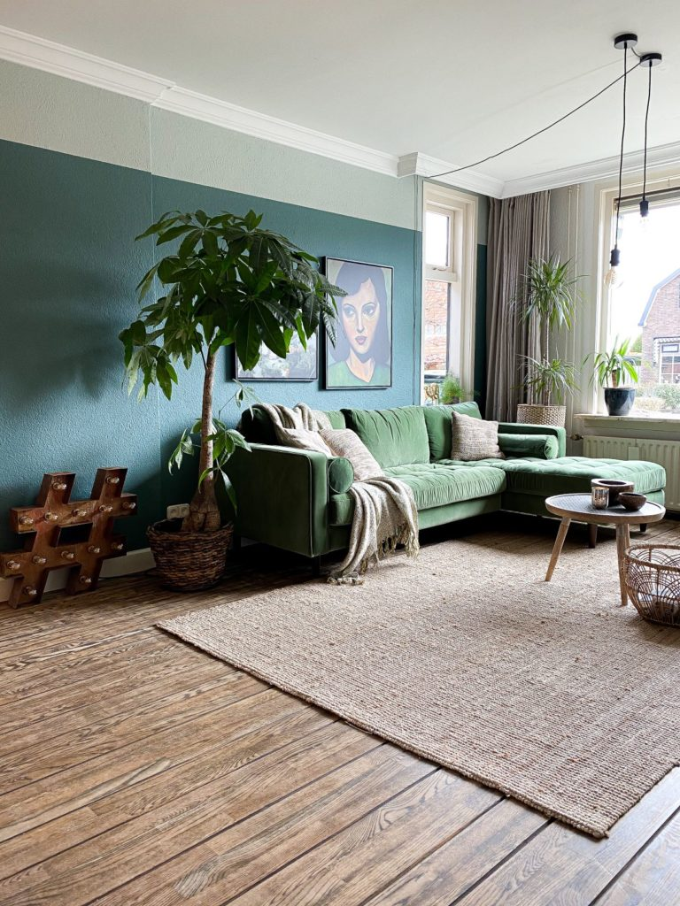 livingroom with green couch